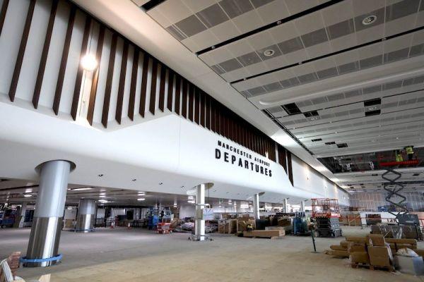 manchester-airport01EAA6AE-CB2C-1A9B-FA3D-9C19CE07FE09.jpg